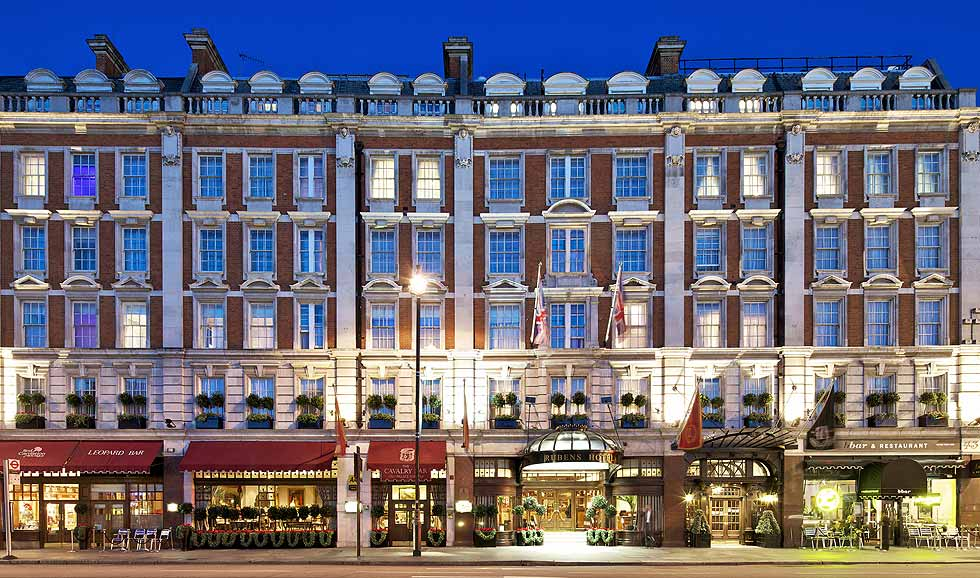 Where to stay in london the best hotels in the best place for Hotels 02 london