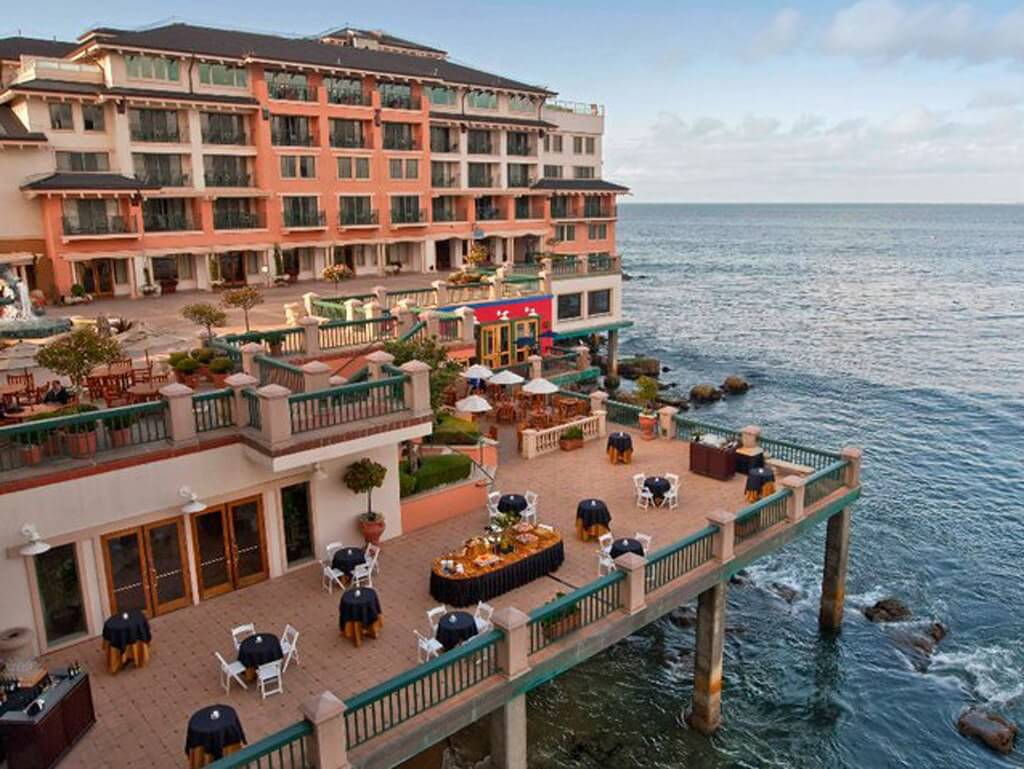 Where to stay in Monterey
