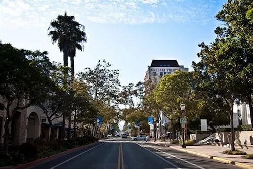 Where to stay in Santa Barbara