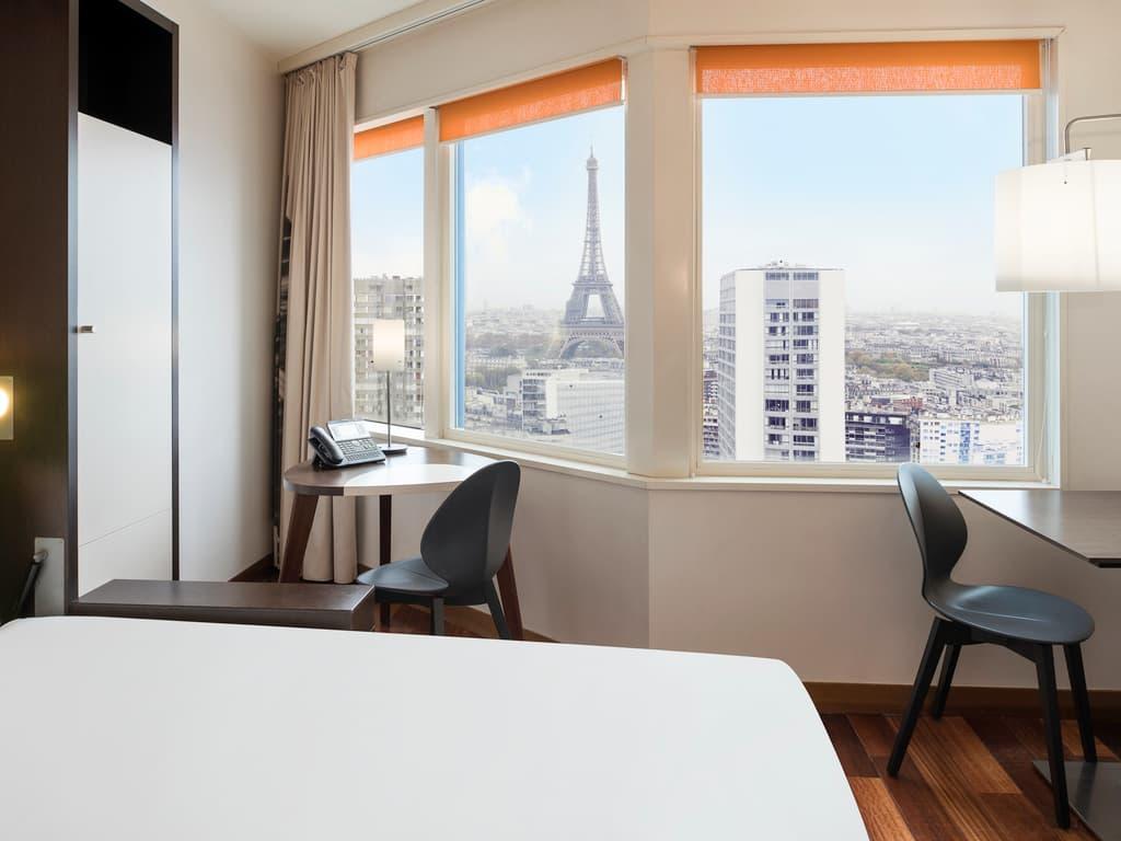 Apartamento con vista a la Torre Eiffel