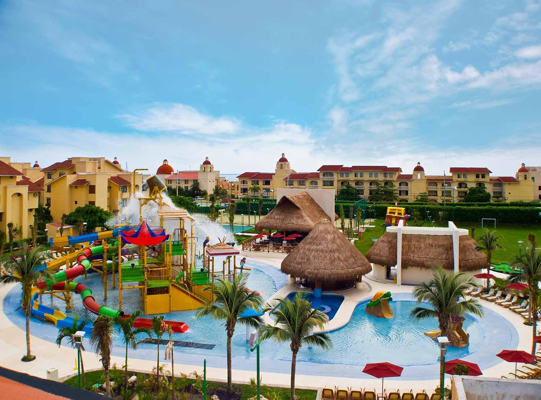 Hoteles en Cancún con parque acuático