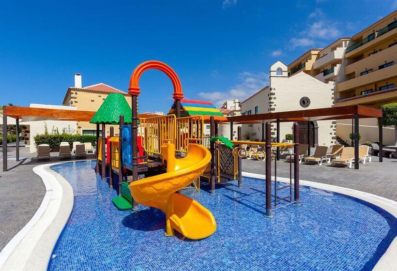 Hotel con toboganes en Tenerife