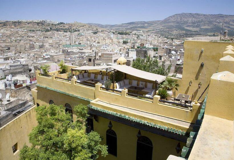 Best area to stay in Fez