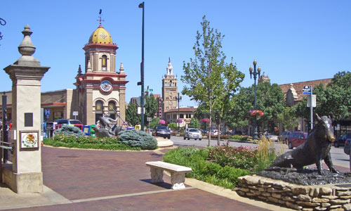 Country Club Plaza Area